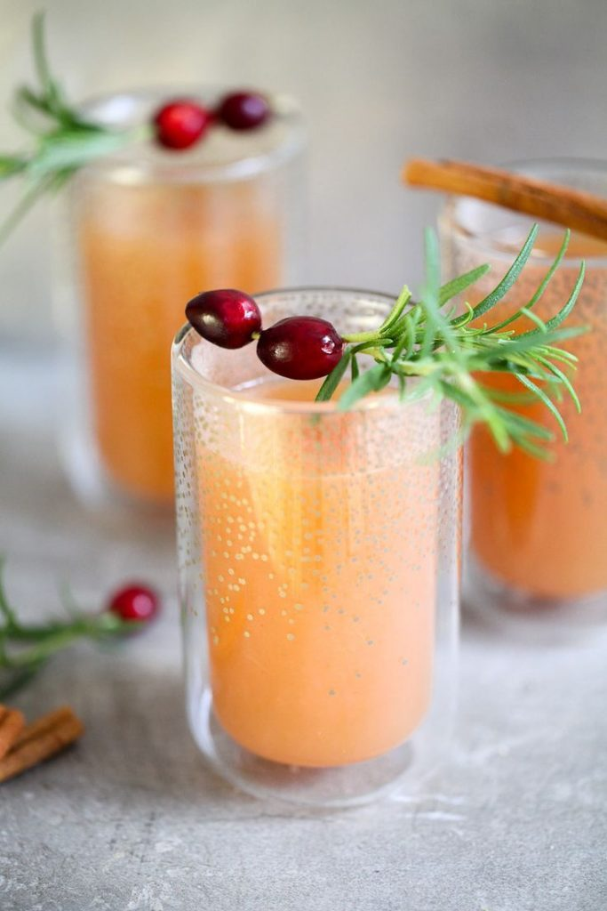 Apple punch recipe without alcohol Winter punch Hot Apple Cider Mulled Cider Recipe ...