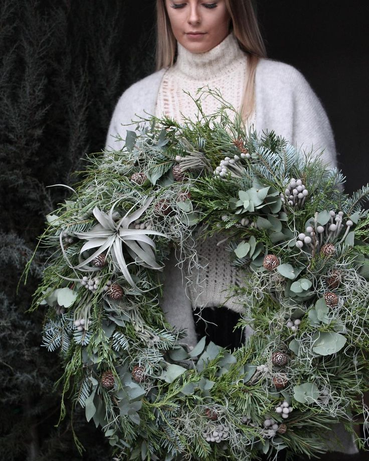 Autumn wreath in silver / gray - noble -very s ... - #edel #gray #perfect ...