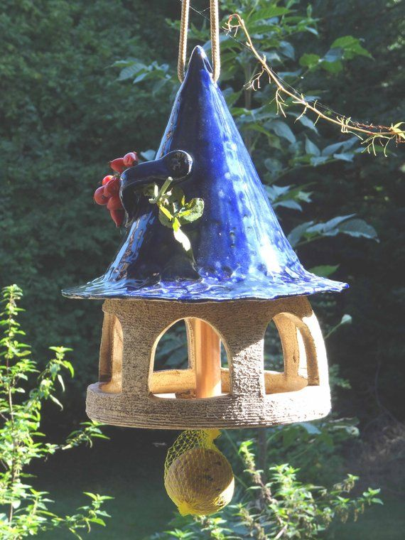 This birdhouse is a unique handmade by me. A birdhouse made of ...