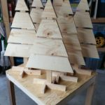 Pallet Christmas Trees Tabletop #Pallets #Table Plate #Christmas Trees # ...