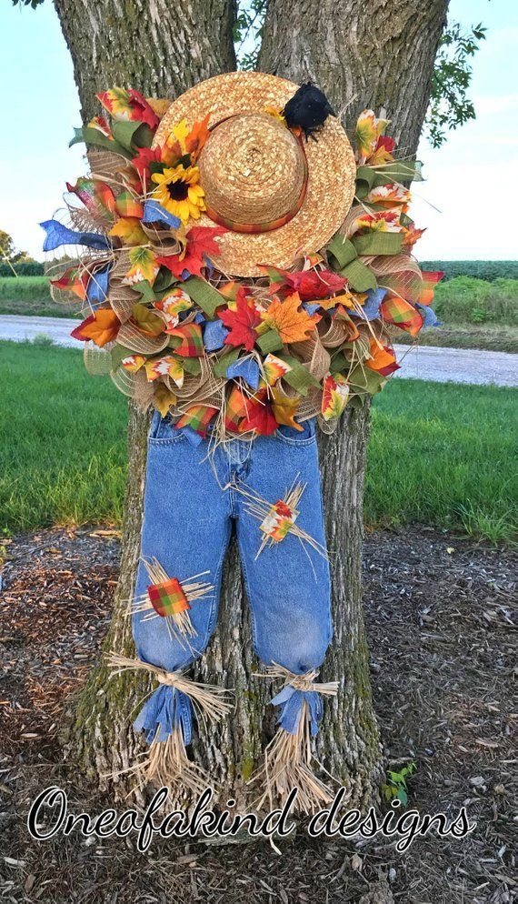 Scarecrow Wreath Tutorial, scarecrow wreath DIY, how to make a decomesh wreath, ...