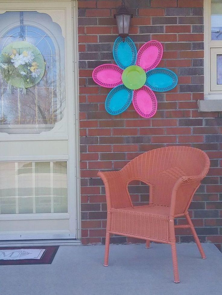 Dollar Store DIY home decor. Seasonal outdoor summer home decor from repurposed ...