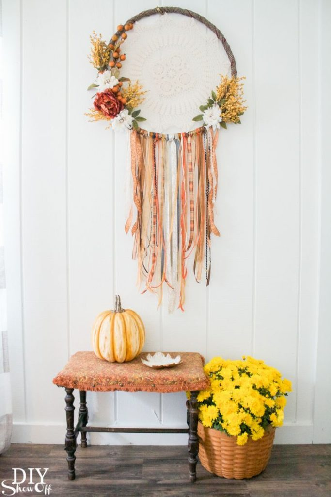DIY fall dreamcatcher wreath tutorial DIY Show Off