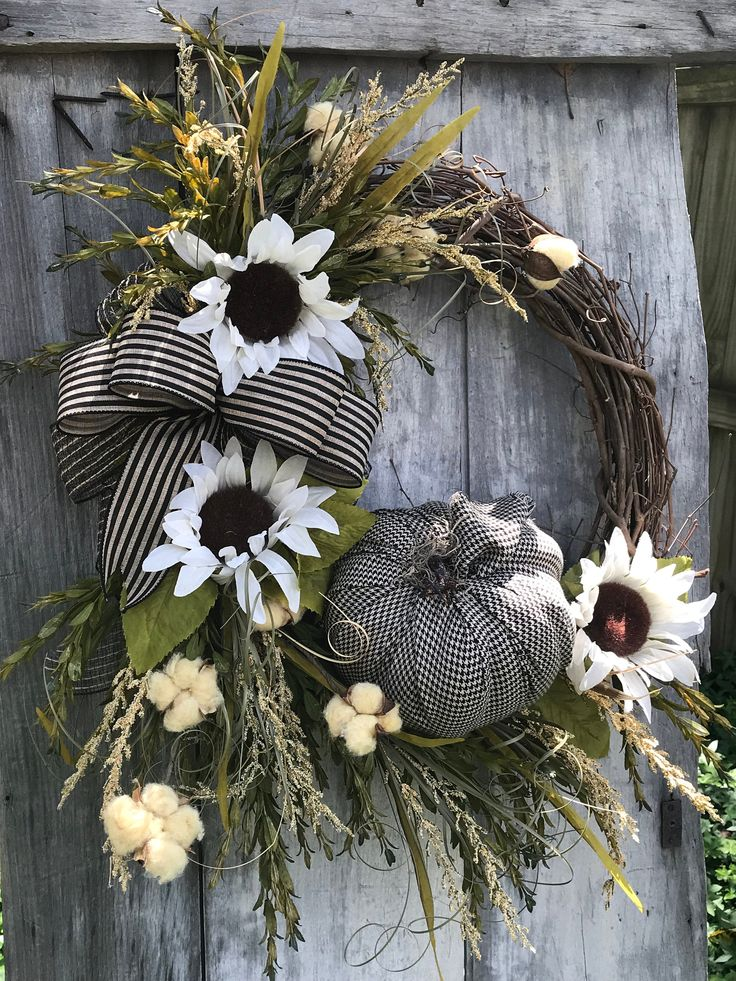Beautiful Fall White Sunflower wreath for your Front door, Autumn Wreath for fro...