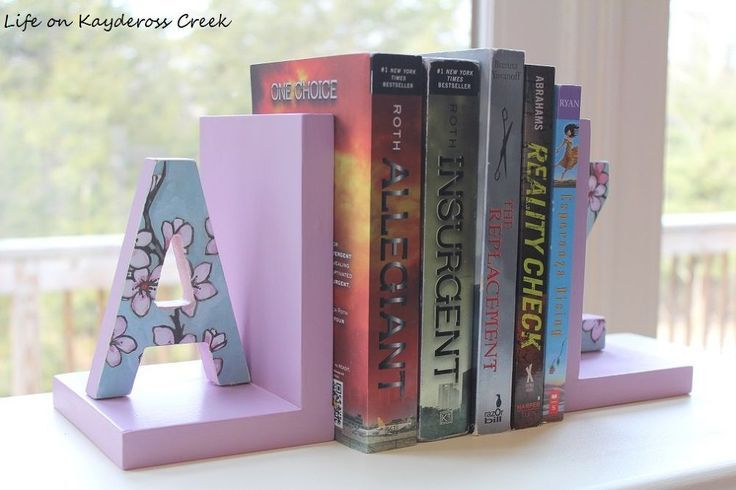 DIY bookends. How to Make Personalized Bookends. An Easy Budget Friendly Hometal...