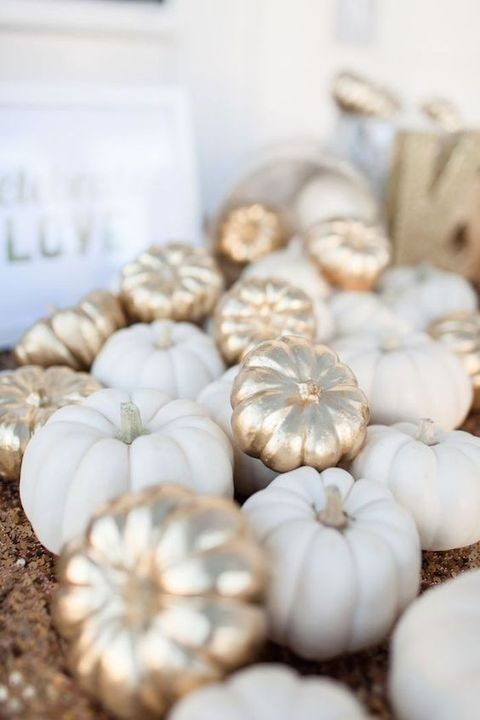 Fall Decoration Trend 2017: White and golden pumpkins