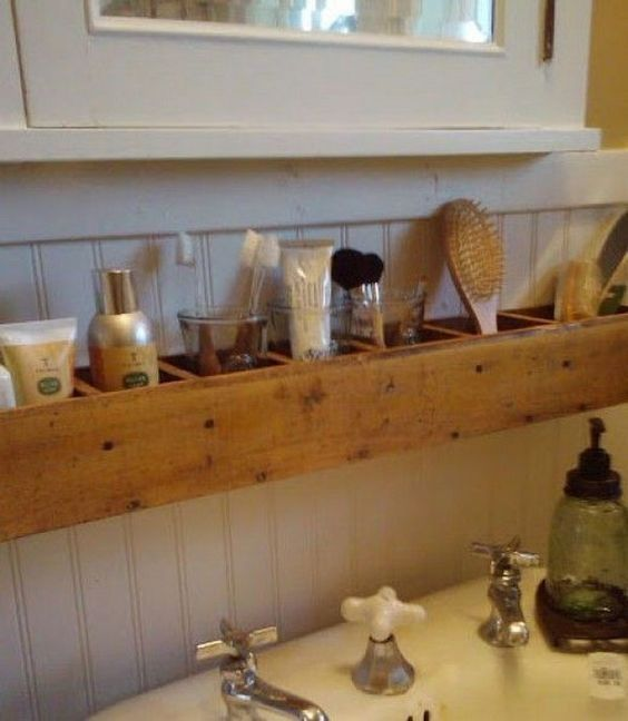 17 Pallet Projects You Can Make for Your Bathroom Shelves & Coat Hangers by cher...