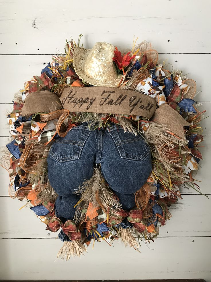 A new fall wreath from The Copper Daisy! Adorable Scarecrow butt fall mesh wreat...