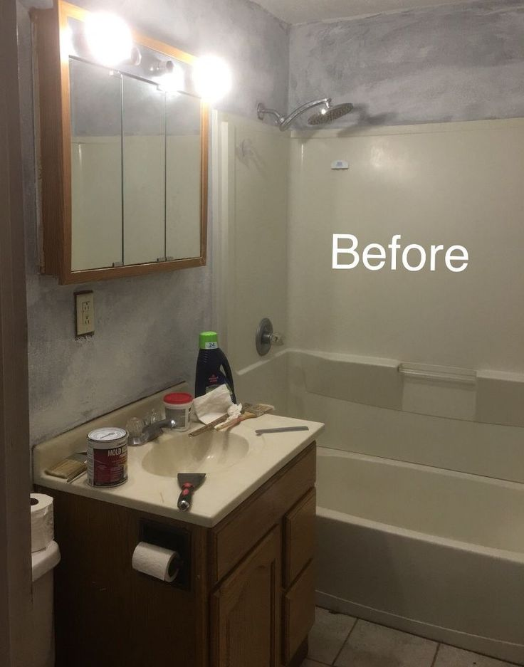 Awesome DIY fake bricks look! #brick #brickbacksplash #DIY #bathroom #makeover #...