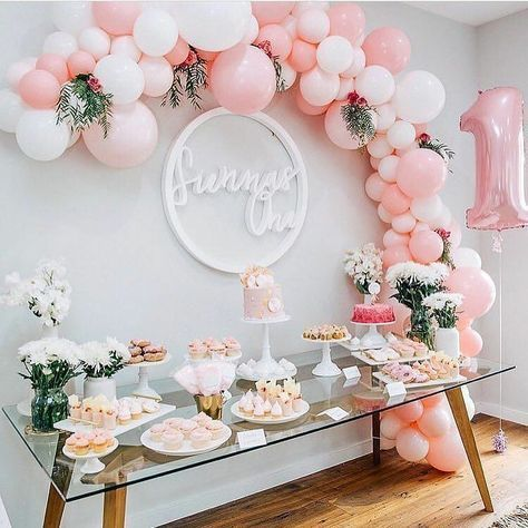 Baby Shower BalloonsBaby Shower Balloons are amazing decorations for girls ...