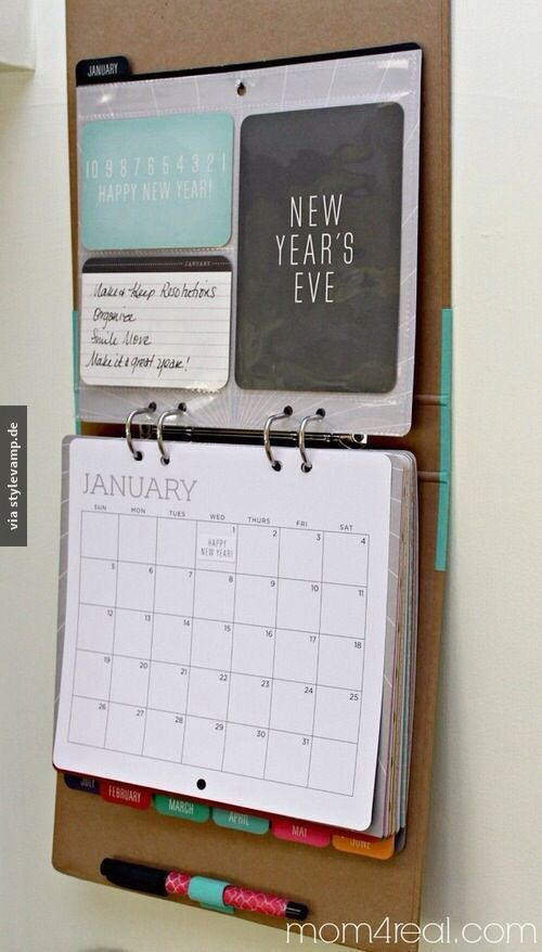 Calendar folder! I have to invest that too. Enough space for food plan, home ...