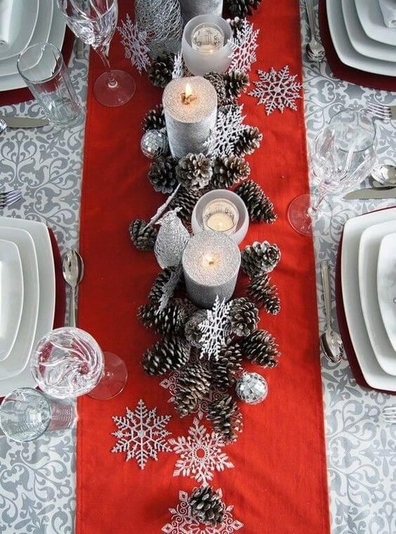 DIY Christmas decorations Crafting ideas with pinecone table decoration with candle making