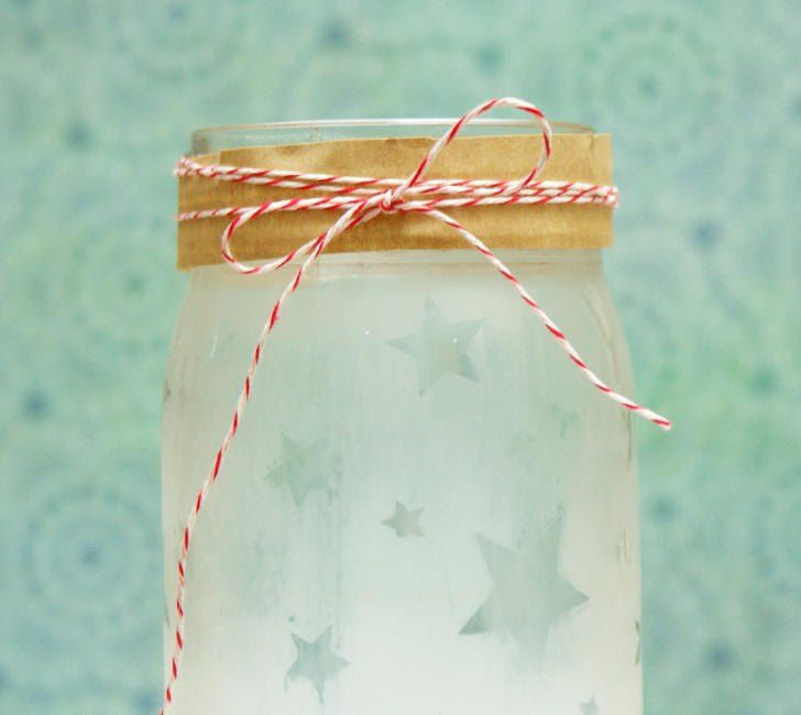DIY Father's Day gift jar. Learn how to etch glass to make this star studded...