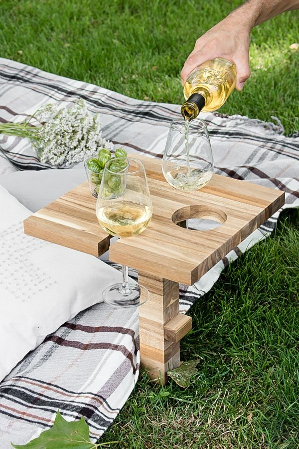 DIY Picnic Table Wine Table from Chopping Board - Ikea Hack