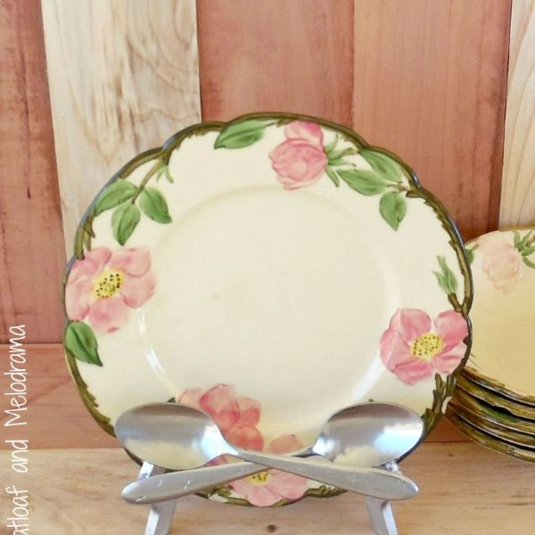 Decorating with Plates - Dee M's clipboard on Hometalk, the largest knowledg...