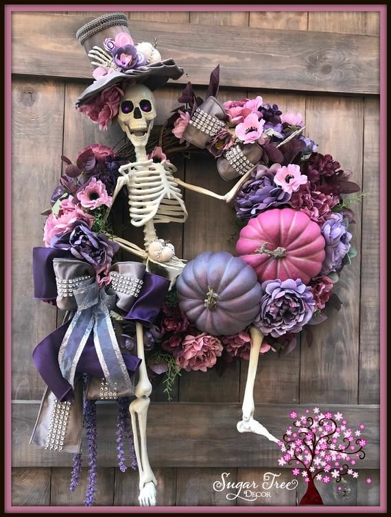 Halloween Wreath, Skeleton Wreath, Halloween Decor, Door Wreath, Front Door Wrea...