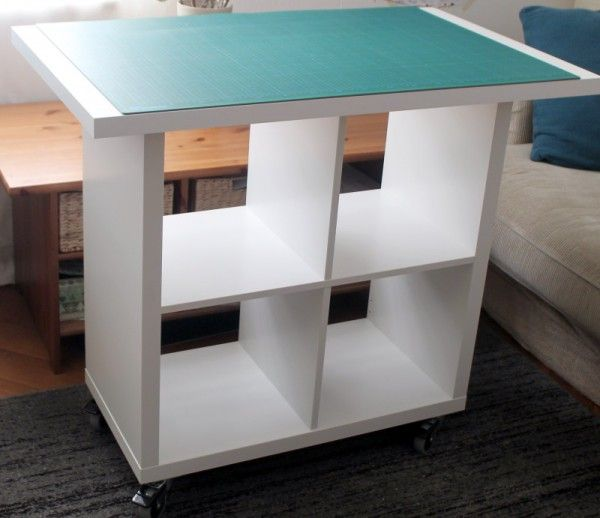 Here I show you how to make your own cutting table for Ikea fabric ...