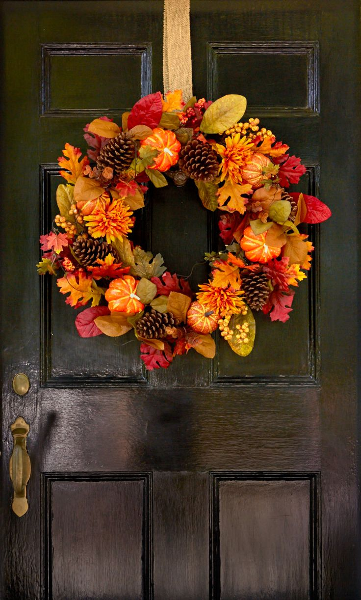 I love decorating for fall. As in past years, I wanted some new ideas to put a f...