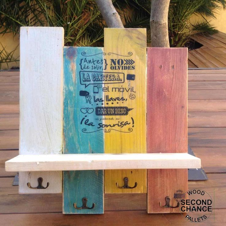 Jewelry / Key Hangers Made Using Pallet Wood • 1001 Pallets