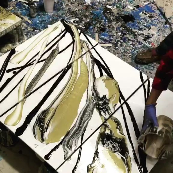 Paint pouring a triptych with black, white and gold!#flow #fluidpainting #art #a...