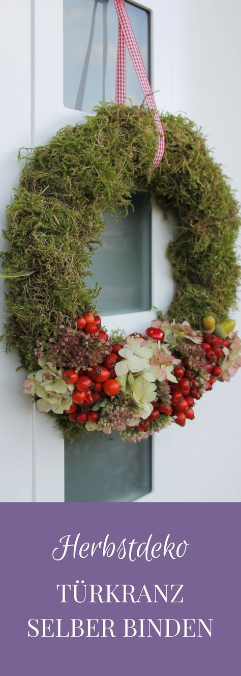 Tying a fall door wreath yourself is not difficult at all. For the autumn wreath ...