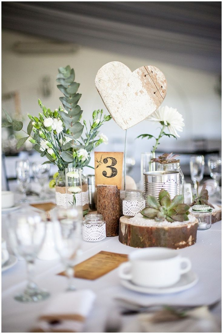 Vintage #Table decoration for wedding with many # DIY elements (Diy Table Bench)